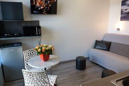 Studio tout confort hyper centre place du marché - Dieppe