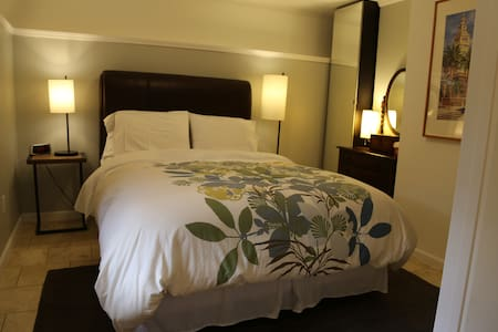 1Bed/1Ba Charming Castro Garden Apt - San Francisco - Apartment