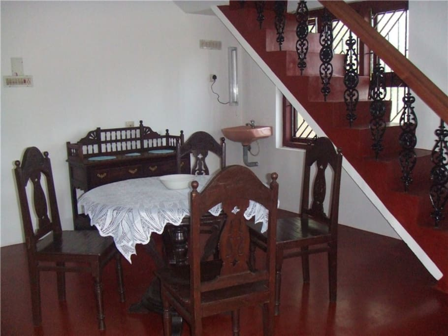River House - dining room