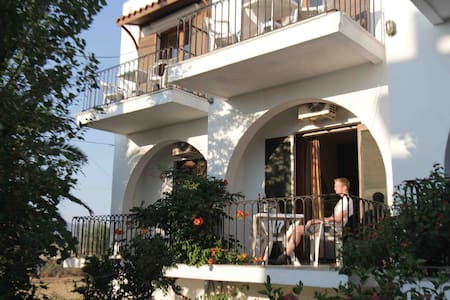 Our family apartments are located in the village of Kalathas, 5 min walk from the beach and only 9km away from the city of Chania.  The studio is comfortable, fully equipped with air condition and with beautiful garden view from the balcony.