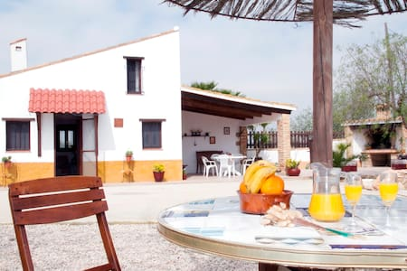 BEAUTIFUL HOUSE, RIGHT ON DELTA DEL EBRO! - Deltebre