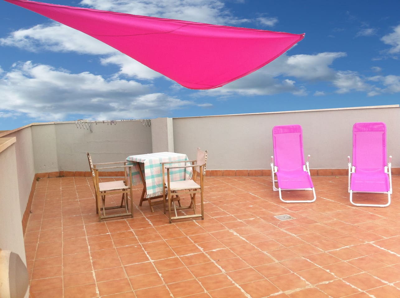 Relax and Sunnbathing area on large terrace