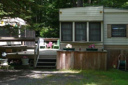 2BR Pocono Vacation Home Eagle Lake - Gouldsboro - Ház