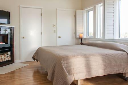 360 View Studio in Redmond - Huis