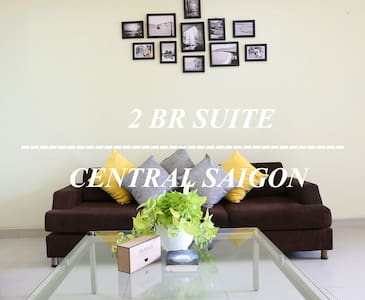 Beautiful 2BR Apt, Dist 1 - 50% off massage coupon - Wohnung