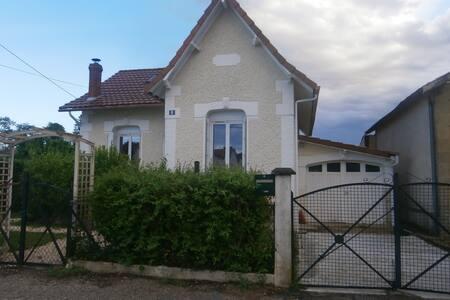 maison individuelle avec jardin
