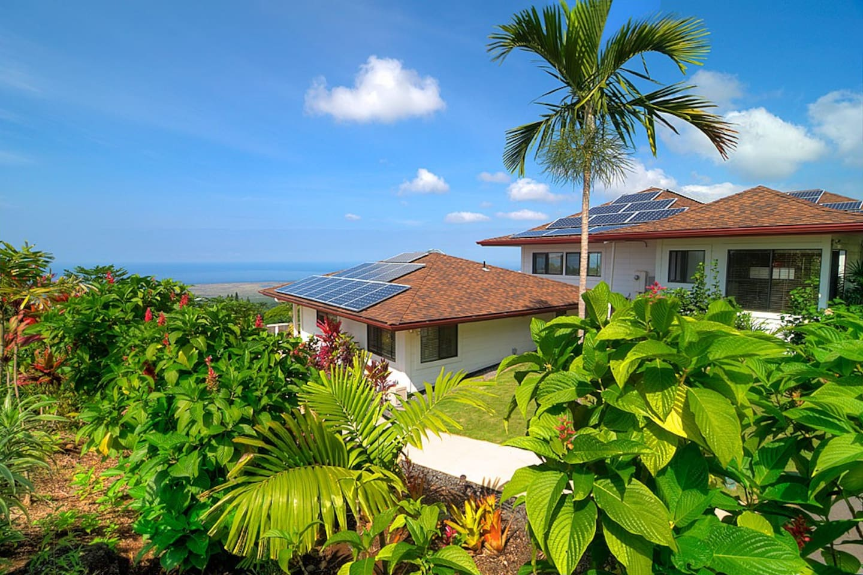 A Luxury Cottage on Kona View Estate