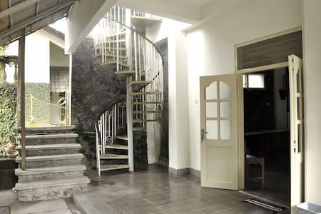 Omah simbok kamar lor - Haus