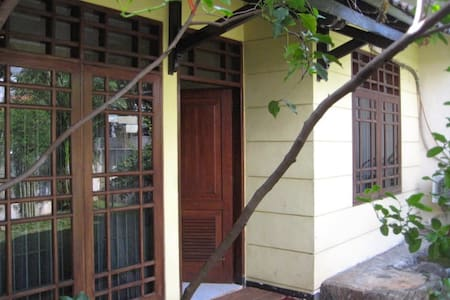 Cosy chic house, SW Jakarta