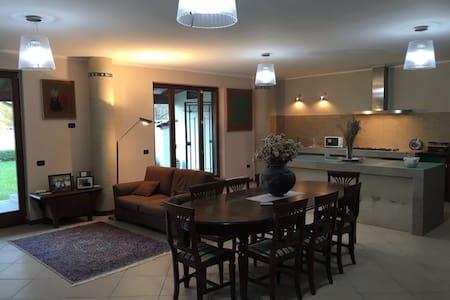 My Vesuvius spacious flat - Terzigno - Casa a schiera
