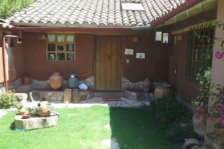 Casa de campo rustica y hermosa - Yucay