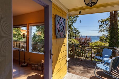 Artist's cottage in historic Chautauqua near beach - Vashon - Dom