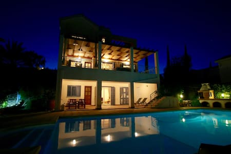 Holiday House Sundy Beach Villa 12 - Poli Crysochous - Casa