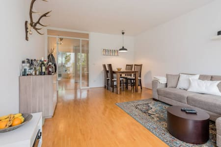 """The most amazing flat in the vibrant """"Glockenbach"""" - München - Wohnung"""