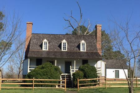 Travel Back in Time ... - Spring Grove - House