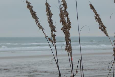 5 walking minutes to the beach - Saint Augustine