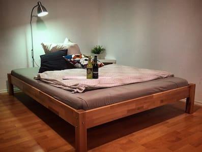 Quiet 35m2 apartment with terrace - Lejlighed