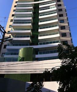 Ap 2 quartos, suite, próximo ao Farol da Barra - Salvador - Appartement