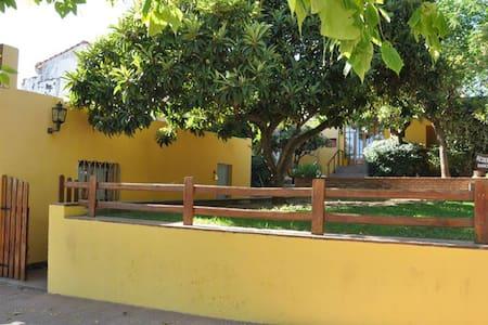 El Valle Hostería - Gästhus