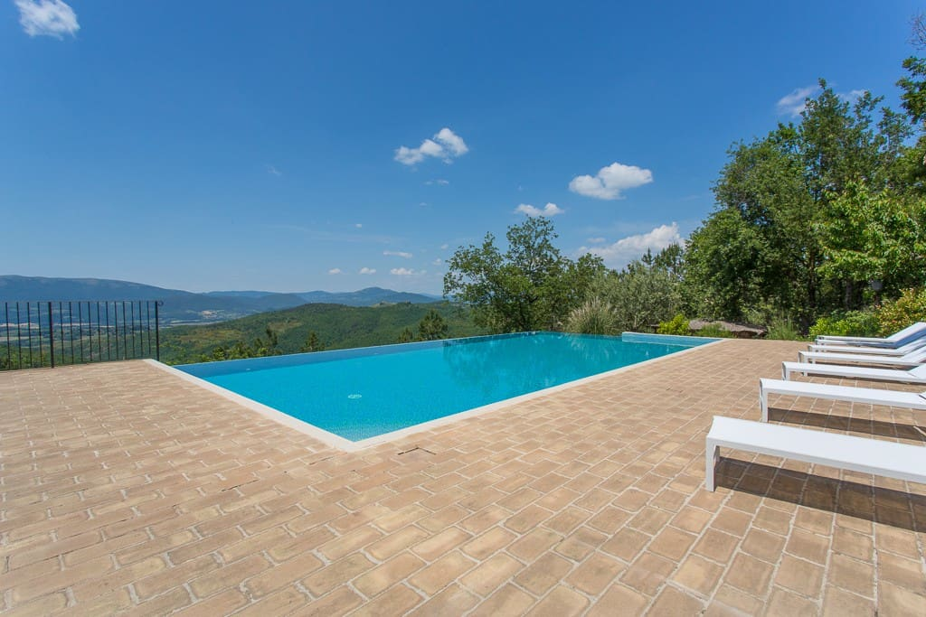 Stunning Boutique B&B in Umbria (1)