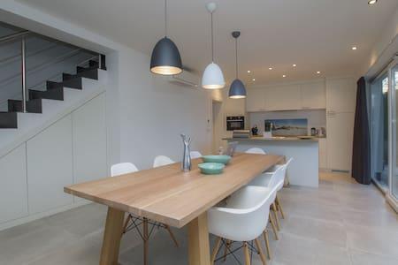 Mala sreca, new modern house +pool - Haus