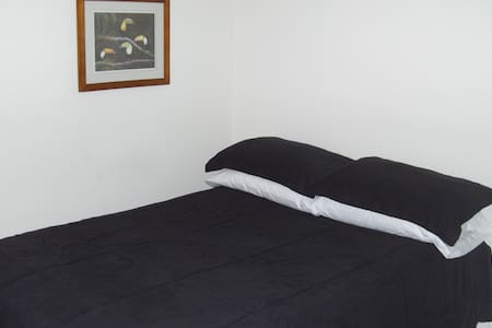 Comfort Wi-Fi Cable TV Pool TCAT 32,30 Mall - Apartment