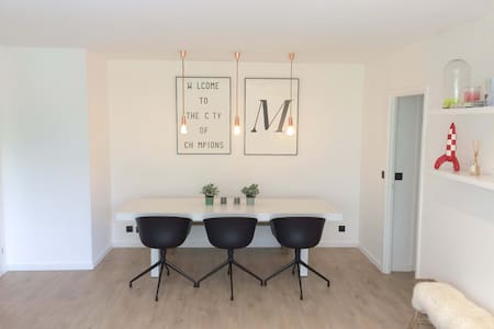 Design apartement close to Heverlee station - Louvain - Appartement
