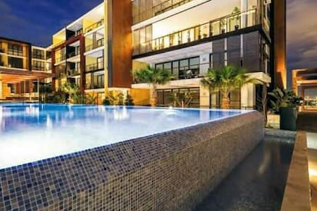 Apartment 1B/1B Balcony w CBD Views - Ryde, New South Wales, AU