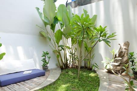 houseofart.asia guest house - Yogyakarta