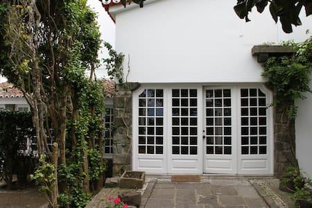 Azores Green Villas V1 - S. Vicente Ferreira - Dom
