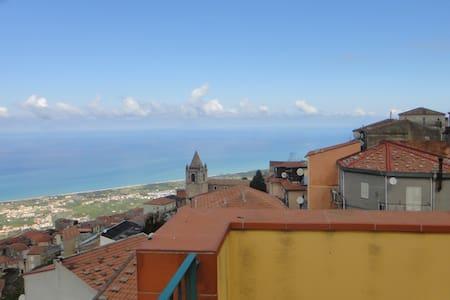 Casa con vista panoramica - San Marco D'alunzio - Rumah