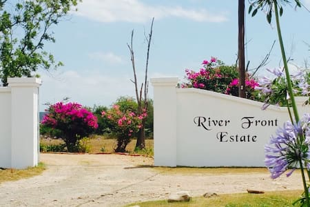 River Front Estate - Two - Addo - Rumah