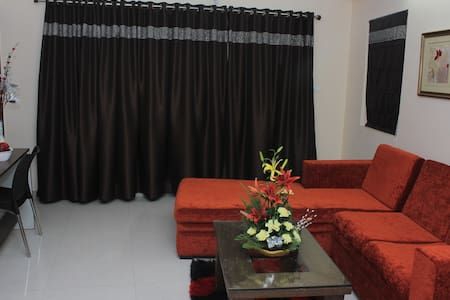 FULLY FURNISHED PREMIUM APARTMENTS - Hyderabad - Wohnung
