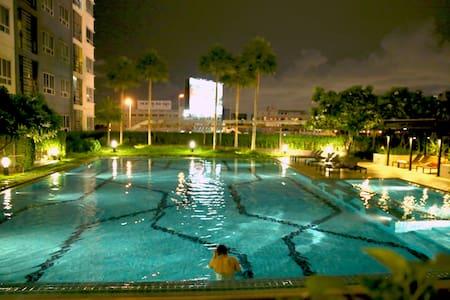 Low budget Private Condo - Pinklao - Apartamento