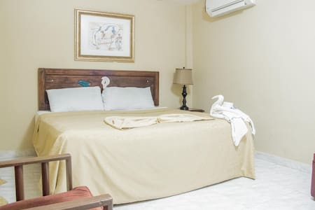 private room 2 doble beds cap 4 pax - Bed & Breakfast