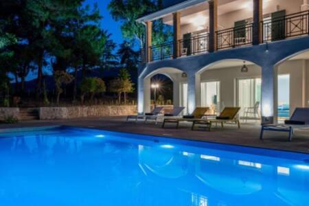 Rivazzurra Luxury Villas - Villa
