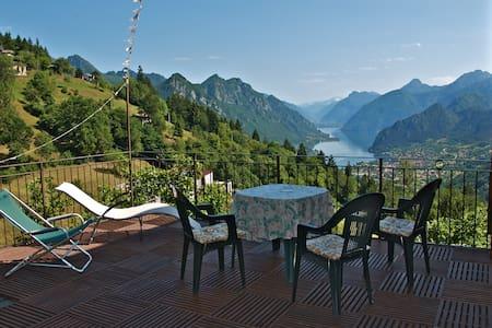 Pervinca B&B l'Ariosa lago d'Idro - Treviso Bresciano - Bed & Breakfast