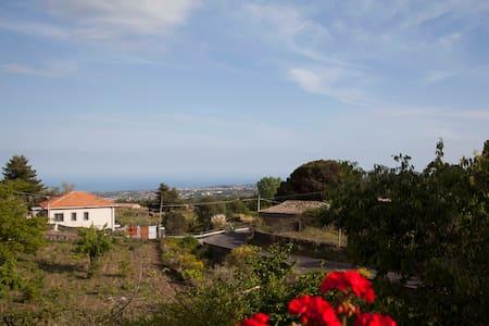 Casa Monte Gorna. - Viagrande - Apartmen
