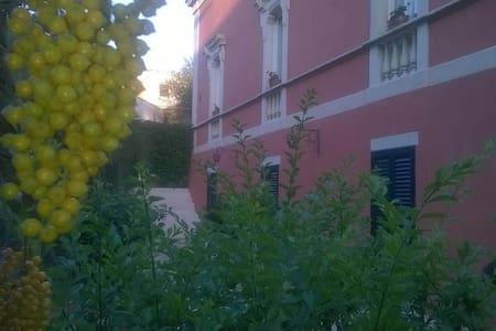Appartamento in villa d'epoca nel Salento! - Wohnung