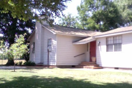 Studio Apartment in the Country - Atmore - Apartment