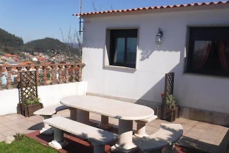 Cozy house with garden - Marín