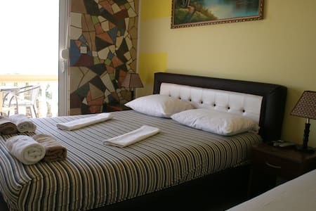 Sun Apartments-Three bed room, with sea view - Ulcinj - Apartment