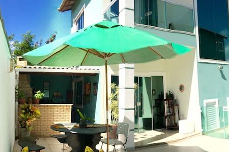 Casa aconchegante com piscina e churrasqueira - Talo