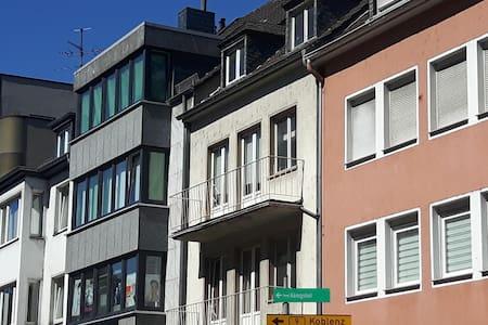 Dachstudio in Bonn Centrum / Rhein - Bonn
