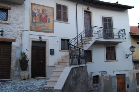 Casa per br.p. Scurcola Marsicana - Scurcola Marsicana