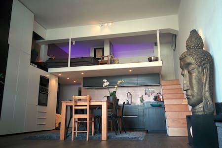 canalside loft appartment