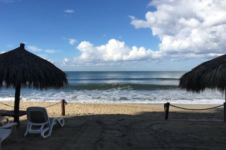 Ocean front Nuevo Vallarta condo. Now Available!! - Huoneisto