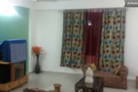 King Room at 3BR Near Chandigarh - Apartment