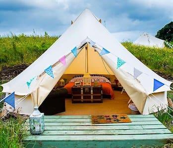 Skye Eco Bells Glamping - Tent 2 - Tält