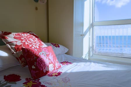 Sea front studio apartment - Bed & Breakfast